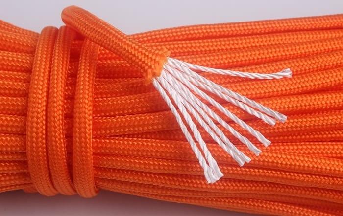 Naše lano pre magnet fishing obsahuje 9 vlákien