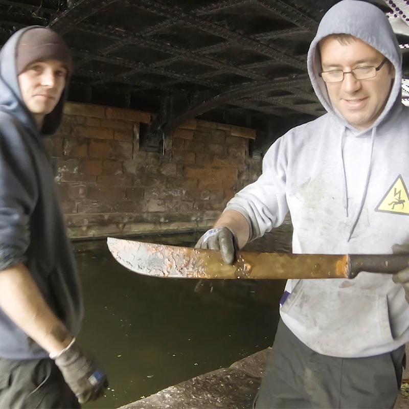 magnet fishing mačeta