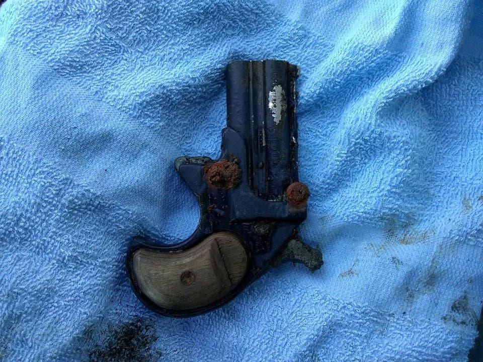 .38 Cobra handgun magnet fishing
