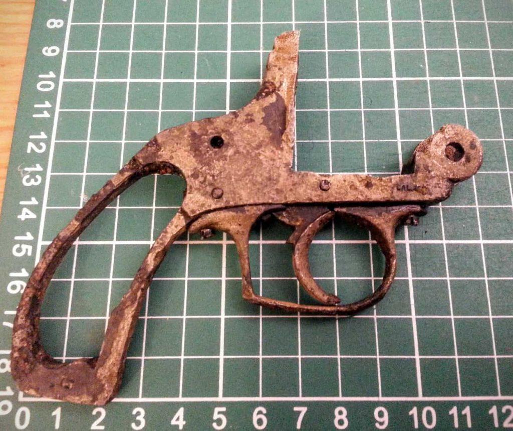 magnet-fishing pistol
