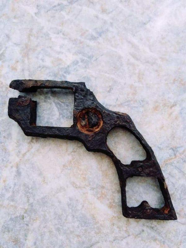 torzo revolveru