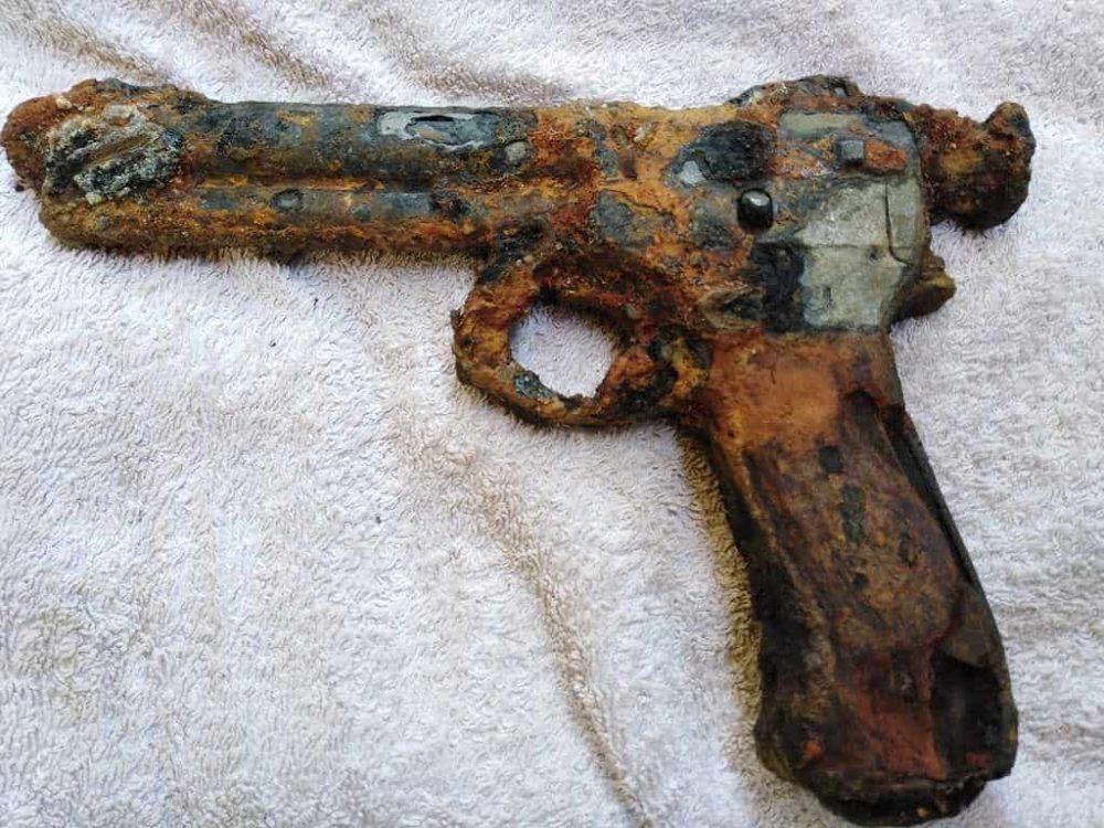 Rakúsko-uhorská armádna pištoľ M.7 roth