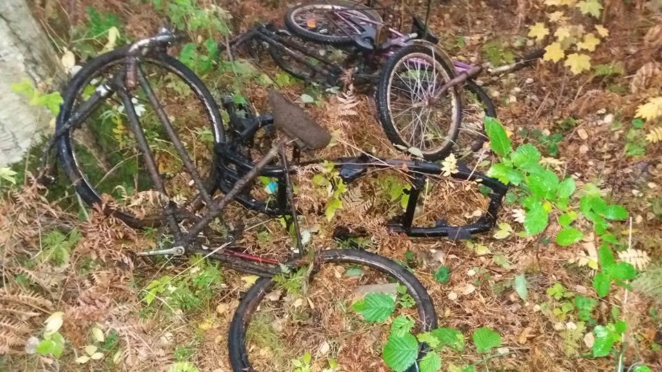 Trosky z bicyklov nájdené fishing magnetmi