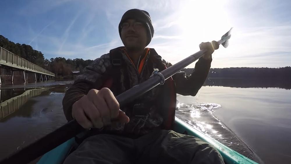Vysmiaty magnet fisher na člne