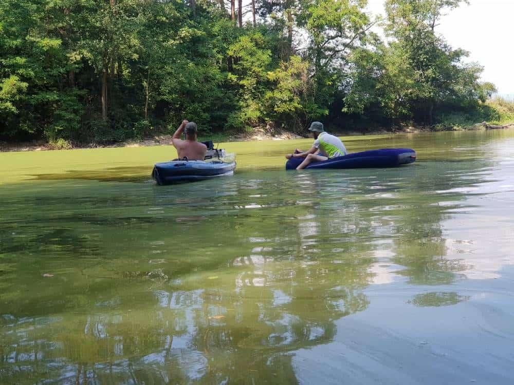 Oto a Kiťo na člnoch