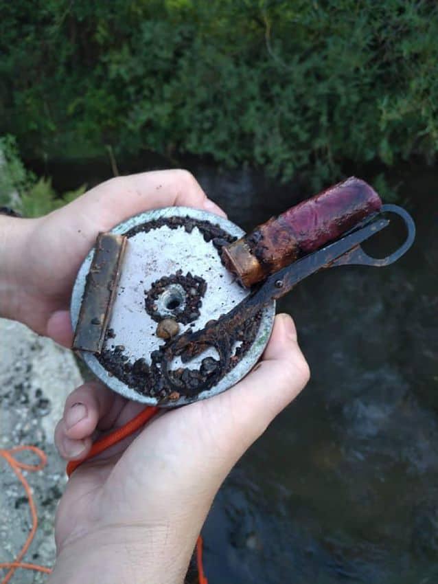 Náboj nájdený v rieke Hron